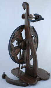 http://www.goldingfibertools.com/ Spinning Wheel by Golding